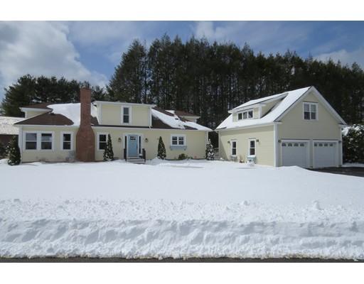 独户住宅 为 销售 在 3 Pines Edge Way Hatfield, 01038 美国