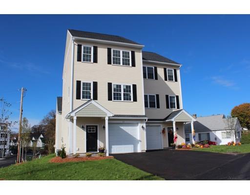 Appartement en copropriété pour l Vente à 1 Sadler Ave #1 1 Sadler Ave #1 Shrewsbury, Massachusetts 01545 États-Unis