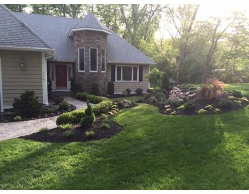 Maison unifamiliale pour l Vente à 110 River Street Middleton, Massachusetts 01949 États-Unis