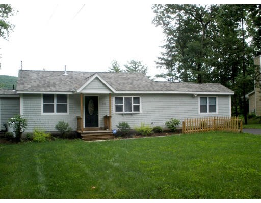 Single Family Home for Sale at 590 Federal Street Belchertown, 01007 United States