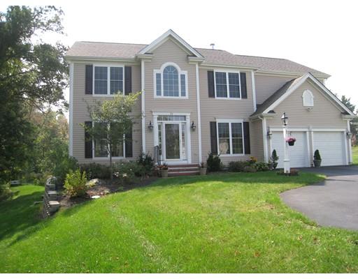 独户住宅 为 销售 在 25 Robin Hill Road 丹佛市, 马萨诸塞州 01923 美国