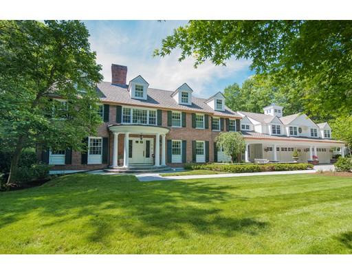 Частный односемейный дом для того Продажа на 76 Royalston Road Wellesley, Массачусетс 02481 Соединенные Штаты