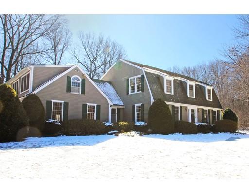 Maison unifamiliale pour l Vente à 5 Hanover Lane West Newbury, Massachusetts 01985 États-Unis