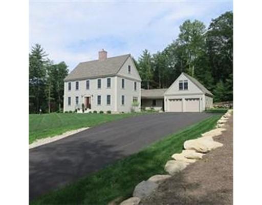 独户住宅 为 销售 在 156 Cave Hill Leverett, 马萨诸塞州 01054 美国