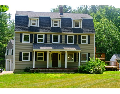 Single Family Home for Sale at 34 W River Street Upton, Massachusetts 01568 United States
