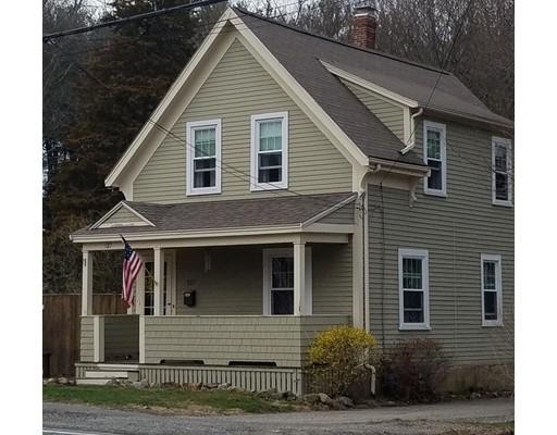 独户住宅 为 销售 在 127 W Main Street 乔治敦, 马萨诸塞州 01833 美国