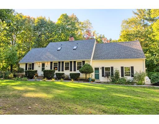 Casa Unifamiliar por un Venta en 56 Parker Road Shirley, Massachusetts 01464 Estados Unidos