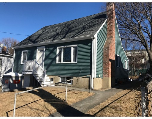 Single Family Home for Sale at 14 Wakefield Avenue Wakefield, Massachusetts 01880 United States