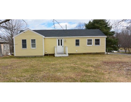 Single Family Home for Sale at 93 Willowbrook Avenue Stratham, New Hampshire 03885 United States