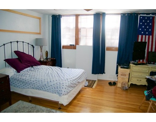 Single Family Home for Rent at 80 West Cedar Street Boston, Massachusetts 02114 United States