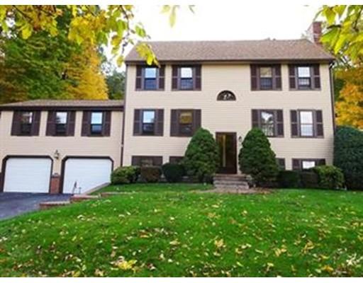 Maison unifamiliale pour l Vente à 25 King Street Groveland, Massachusetts 01834 États-Unis