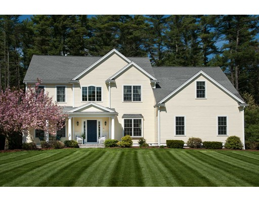 Single Family Home for Sale at 52 Fair Lane Raynham, Massachusetts 02767 United States