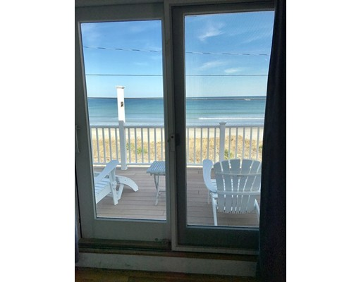 Additional photo for property listing at 119 Beach Avenue  Hull, Massachusetts 02045 Estados Unidos