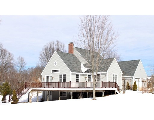 Single Family Home for Sale at 13 Willow Brook Lane Blackstone, Massachusetts 01504 United States