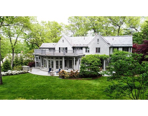 واحد منزل الأسرة للـ Sale في 6 Fernway 6 Fernway Winchester, Massachusetts 01890 United States