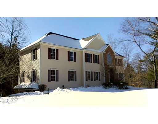 Single Family Home for Sale at 12 Osgood Street Windham, New Hampshire 03087 United States