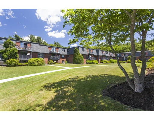 Apartment for Rent at 3 StoneyBrook Drive #1bed 3 StoneyBrook Drive #1bed Millis, Massachusetts 02054 United States