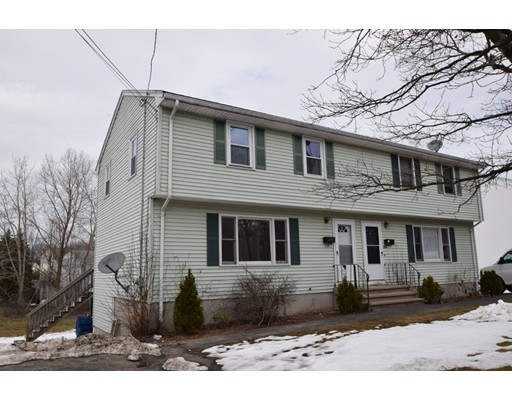 多户住宅 为 销售 在 258 Liberty Street 伦道夫, 马萨诸塞州 02368 美国