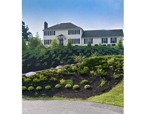 独户住宅 为 销售 在 56 Tremont Street Woburn, 马萨诸塞州 01801 美国