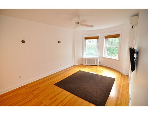 Additional photo for property listing at 176 Naples Road  Brookline, Massachusetts 02446 United States
