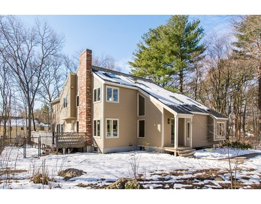 2 Dover Farm Rd, Medfield, MA 02052