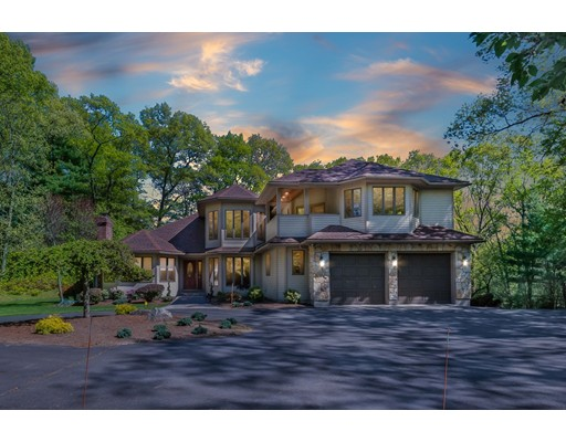 Single Family Home for Sale at 34 Melch Road Lynnfield, Massachusetts 01940 United States