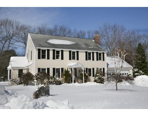 Single Family Home for Sale at 8 Candlewood Way Shrewsbury, Massachusetts 01545 United States
