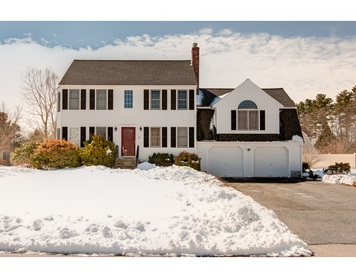 Single Family Home for Sale at 12 Florence Circle Upton, Massachusetts 01568 United States