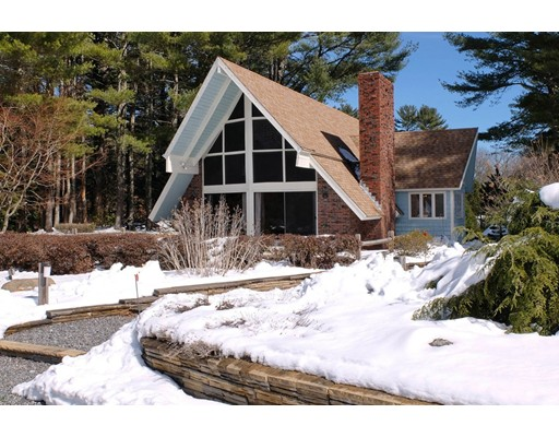 Single Family Home for Sale at 49 Old Bolton Road Stow, Massachusetts 01775 United States