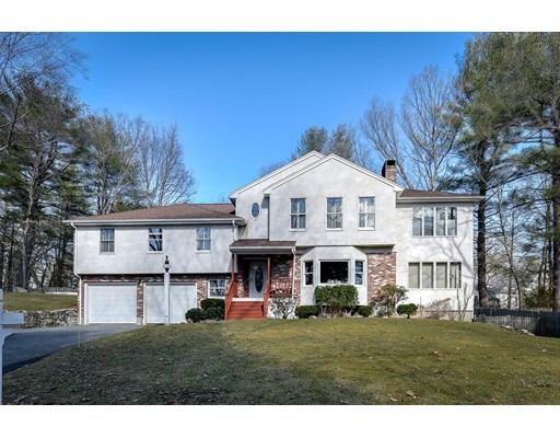 Single Family Home for Sale at 115 Woodside Avenue Wellesley, Massachusetts 02482 United States