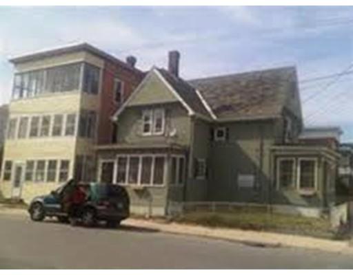 متعددة للعائلات الرئيسية للـ Sale في 251 Daniels 251 Daniels Fitchburg, Massachusetts 01420 United States
