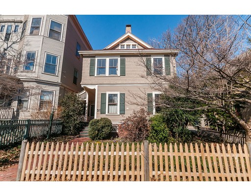 Casa Unifamiliar por un Venta en 31 Wendell Street Cambridge, Massachusetts 02138 Estados Unidos