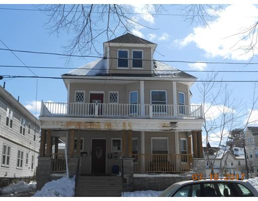 Maison avec plusieurs logements pour l Vente à 34 Coolidge Street Lawrence, Massachusetts 01843 États-Unis