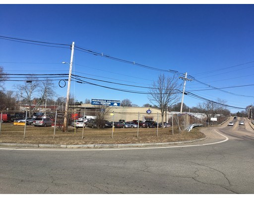 Commercial pour l Vente à 50 Meadowbrook Road Brockton, Massachusetts 02302 États-Unis