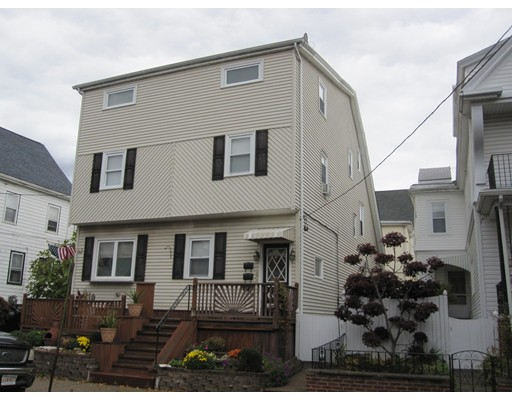 多户住宅 为 销售 在 9 Gilmore Street Everett, 马萨诸塞州 02149 美国