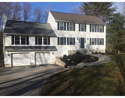 Single Family Home for Sale at 17 Mt. Pleasant Street Oxford, Massachusetts 01540 United States