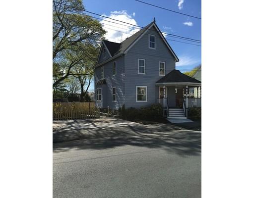 Maison unifamiliale pour l Vente à 14 Gooch Street Melrose, Massachusetts 02176 États-Unis