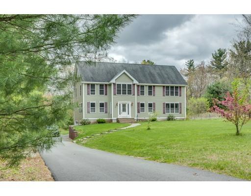 Maison unifamiliale pour l Vente à 31 Pollard Road Plaistow, New Hampshire 03865 États-Unis