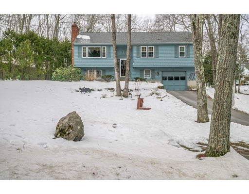 独户住宅 为 销售 在 153 Leslie Road Rowley, 马萨诸塞州 01969 美国