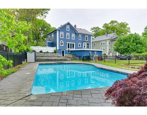 Casa Unifamiliar por un Venta en 175 Fairmount Street Lowell, Massachusetts 01852 Estados Unidos