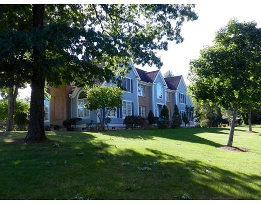 2 Lexington Circle, Bedford, MA 01730