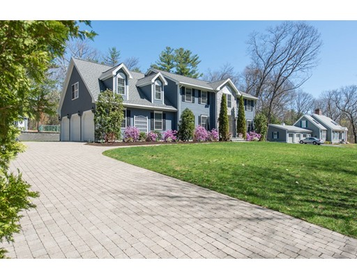 Single Family Home for Sale at 42 Willard Road Weston, Massachusetts 02493 United States