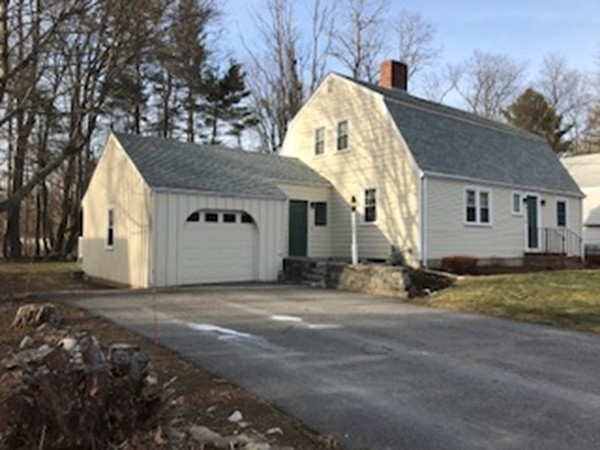 Property for sale at 3 Woodbrier Road, Topsfield,  MA 01983