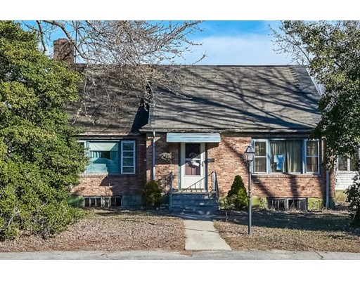 Single Family Home for Sale at 31 Fisher Street Natick, Massachusetts 01760 United States
