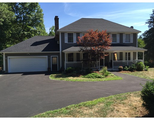 واحد منزل الأسرة للـ Sale في 147 Great Road Shirley, Massachusetts 01464 United States