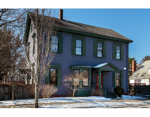 独户住宅 为 销售 在 296 Concord Avenue 贝尔蒙, 马萨诸塞州 02478 美国