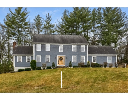 Single Family Home for Sale at 12 Winterberry Drive Franklin, Massachusetts 02038 United States