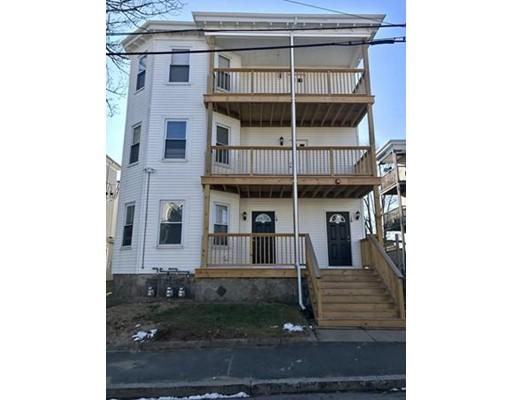 独户住宅 为 出租 在 14 Waverly Street 布罗克顿, 马萨诸塞州 02301 美国