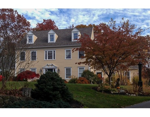 Single Family Home for Sale at 63 South Mill Street Hopkinton, Massachusetts 01748 United States