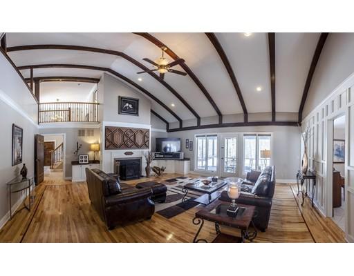 Частный односемейный дом для того Продажа на 25 Bennett Road 25 Bennett Road Wilbraham, Массачусетс 01095 Соединенные Штаты